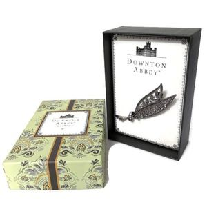 Downton Abbey Brooch